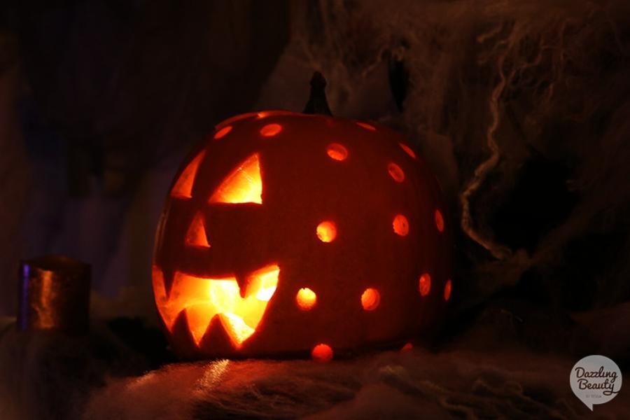 Hoe Maak Je Halloween Pompoenen.Pompoen Uithollen