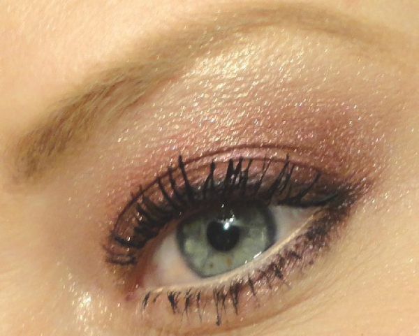 Make-up look met Mac pigments