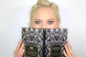 Urban Decay x Game of Thrones make-up palette!